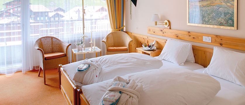 Switzerland_Grindelwald_Hotel_Sunstar_Alpine_bedroom.jpg